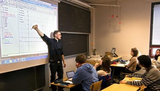 digitalis-interaktiv-iskolatabla.jpg