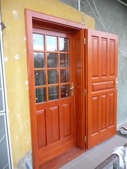 Wekerlei bejárati ajtó spalettával