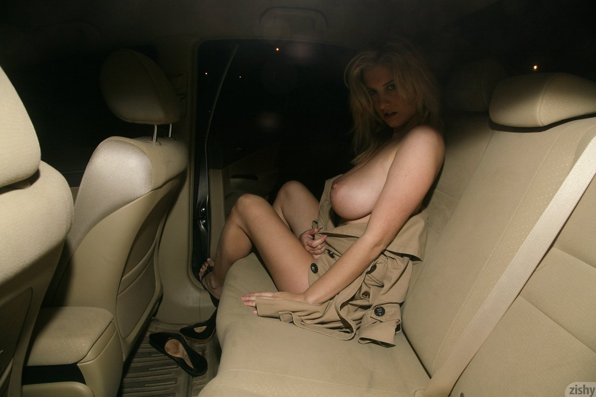 jenny_mcclain_what_a_chest_09.jpg