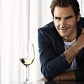 Roger Federer tenisz helyett bepezsgőzött