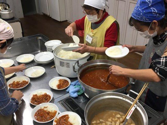Meglepő: Japánban vészesen növekszik a gyermekszegénység
