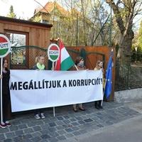 Reggelünk Orbán házatáján