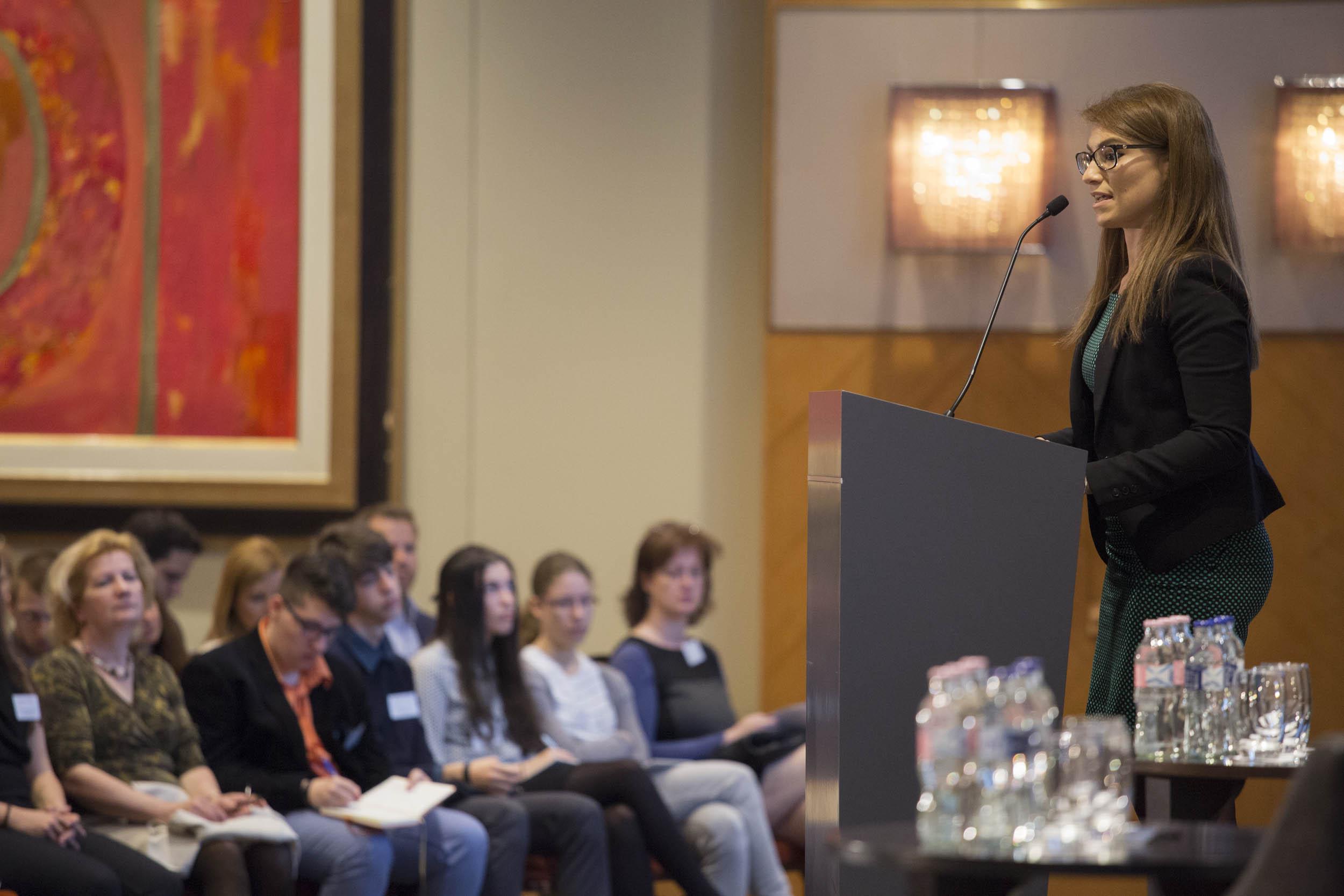 Dr. Illés Boglárka - Ifjúságért és Esélyegyenlőségért Felelős Helyettes Államtitkár