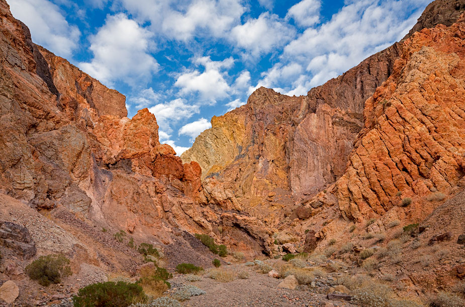 kaleidoscope-canyon-death-valley-first-view-3.jpg