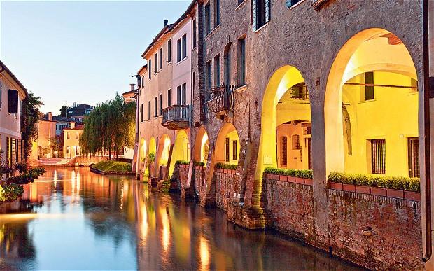 Treviso (kép innen: http://www.locandadarenzo.it/)