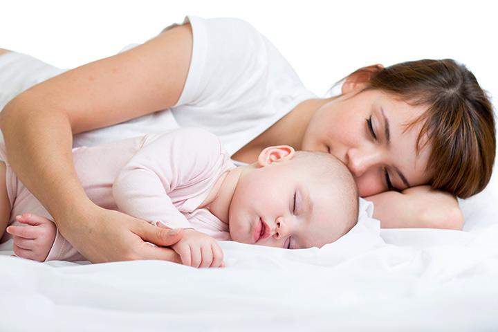 benefits-of-cosleeping-with-baby.jpg