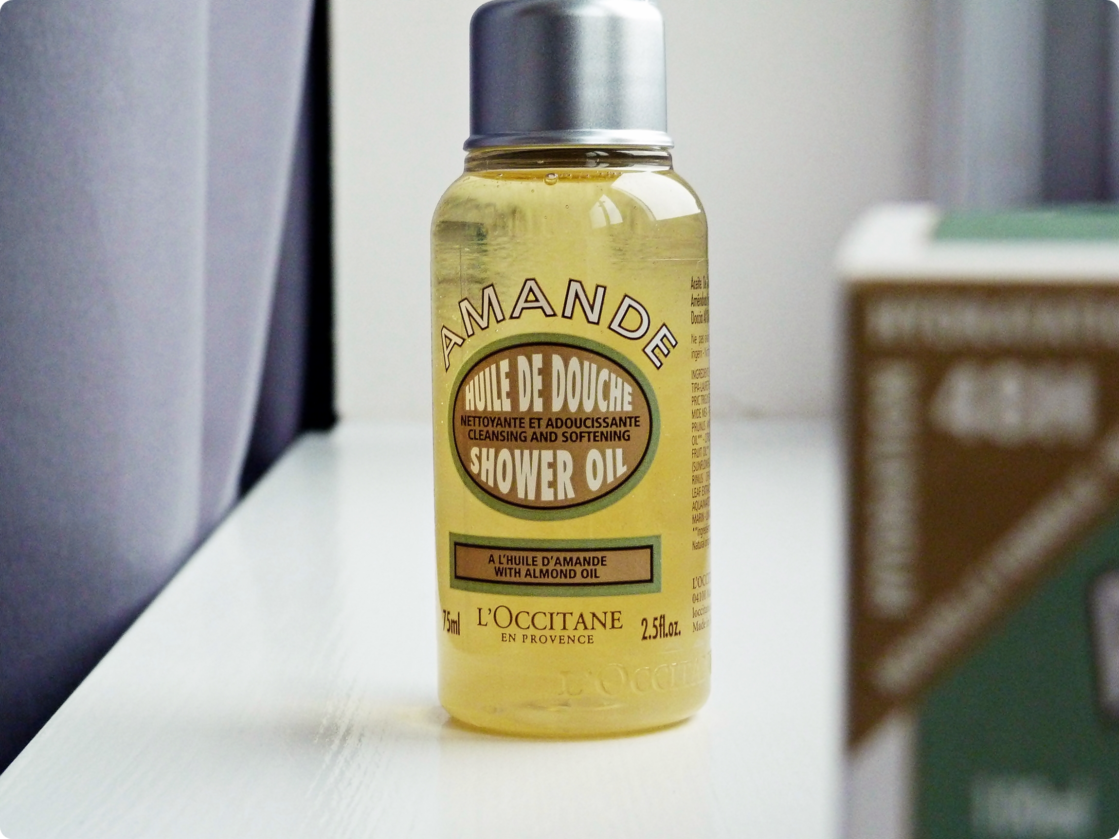 loccitane_almond_shower_oil.JPG