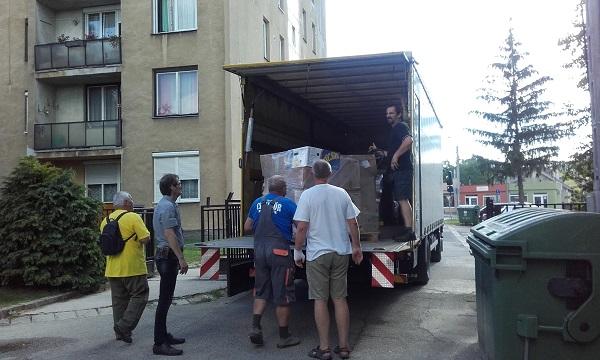 17-06-16_konyvpakolas_7.jpg