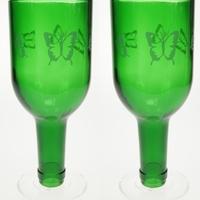 Sörösüvegből készült poharak és dísztárgyak