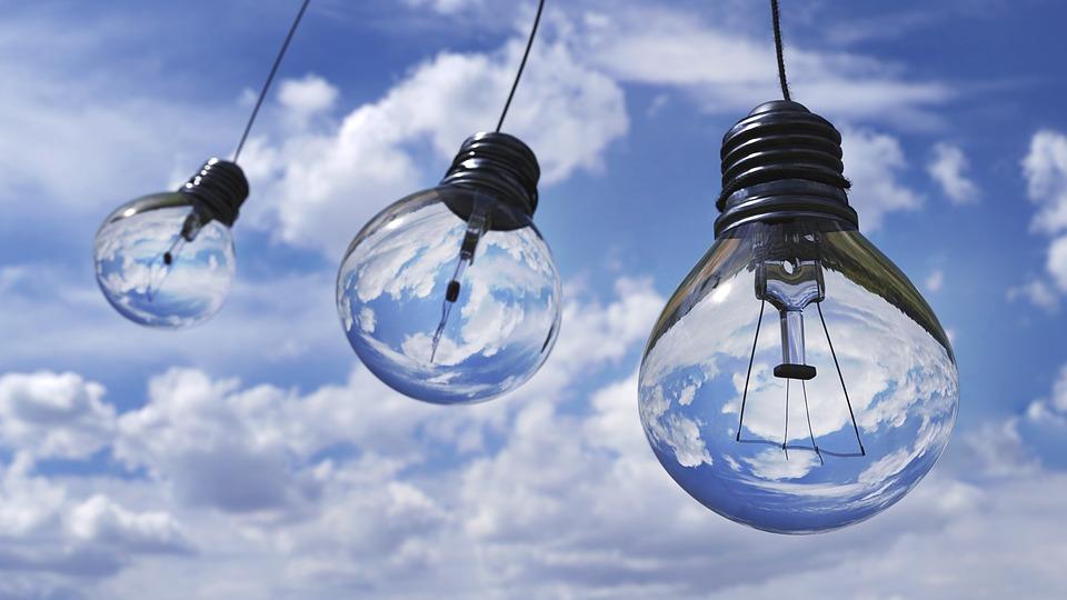 light-bulb-1407610_960_720_1.jpg