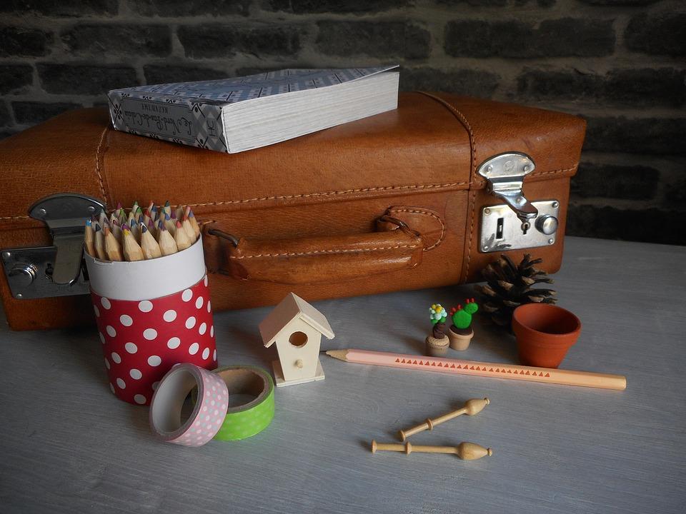 pencil-pot-2097599_960_720.jpg