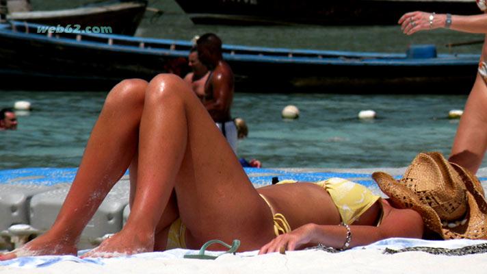 raya-islands-beach-girl.jpg