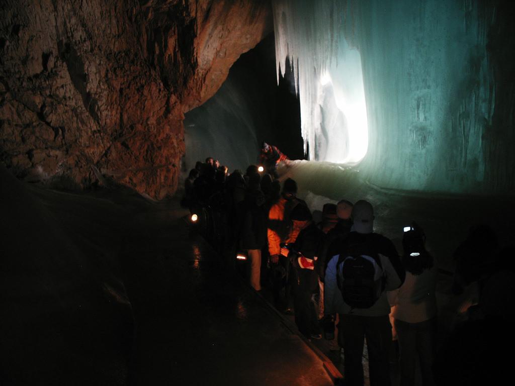 eisriesenwelt_barlang.jpg