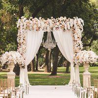 Mit (ne) viselj egy esküvőn?