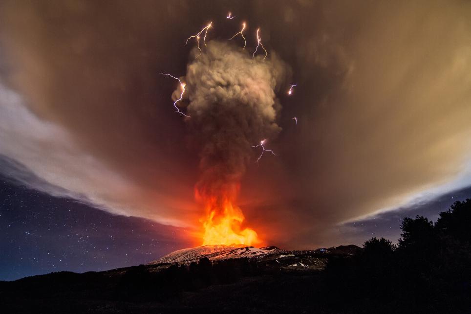 mount-etna-eruption-december-3-2015.jpg