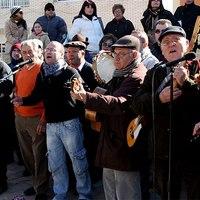 Las Cuadrillas, Örömzene és rögtönzött tánc