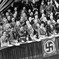 1939. augusztus 14. hétfő - Hitler bejelenti a háború kezdő időpontját