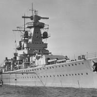 1939. december 13. szerda - Német-angol tengeri ütközet a Rio de la Plata torkolatában