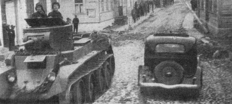 BT-7_model_1935_rakov1.jpg