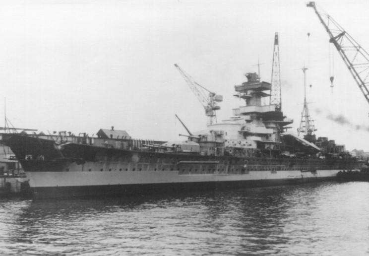 Blücher_Kiel_1940.JPG