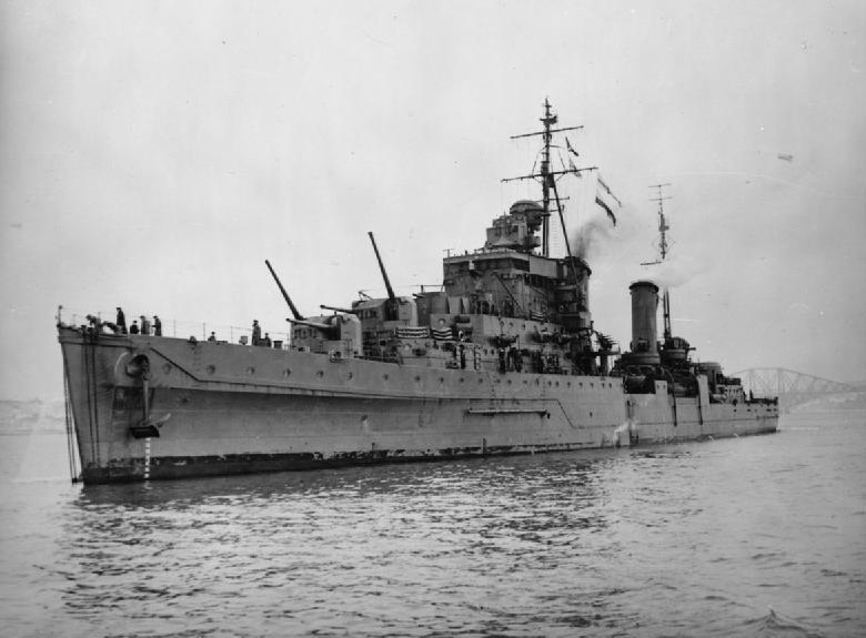 HMS_Dido_(37).jpg