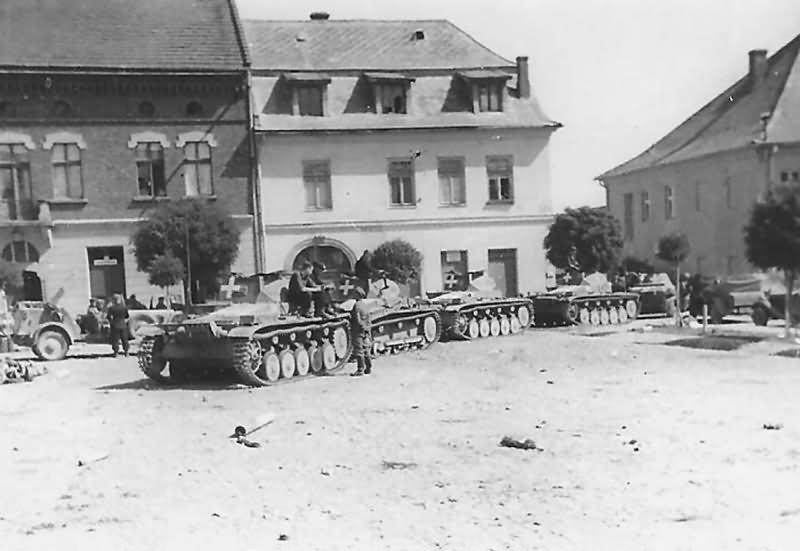 Panzerkampfwagen II könnyű harckocsik egy lengyel városban