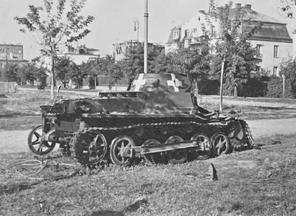 Kilőtt Panzerkampfwagen I Ausf.B harckocsi