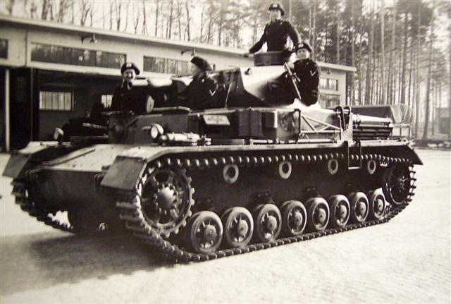 Panzerkampfwagen_IV_Ausf_A_(Sd.Kfz._ 161).jpg