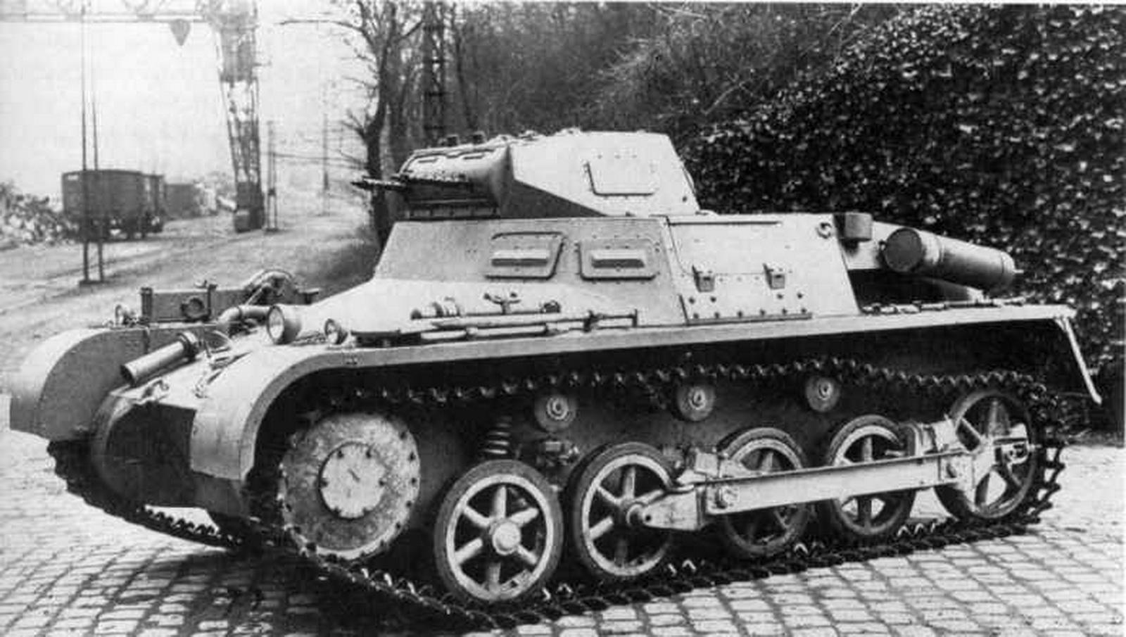 Panzerkampfwagen_I_Ausf_A_(Sd.Kfz._ 101).jpg