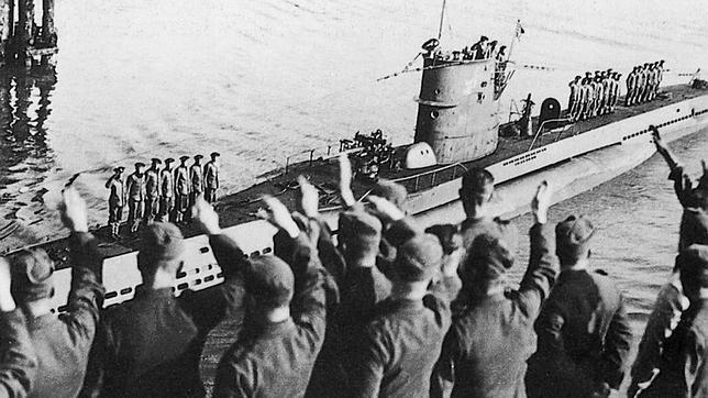 U-47_006_1939_10_14_Wilhelmshaven.jpg