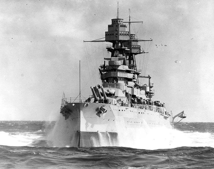 USS_Arizona_1930s.jpg