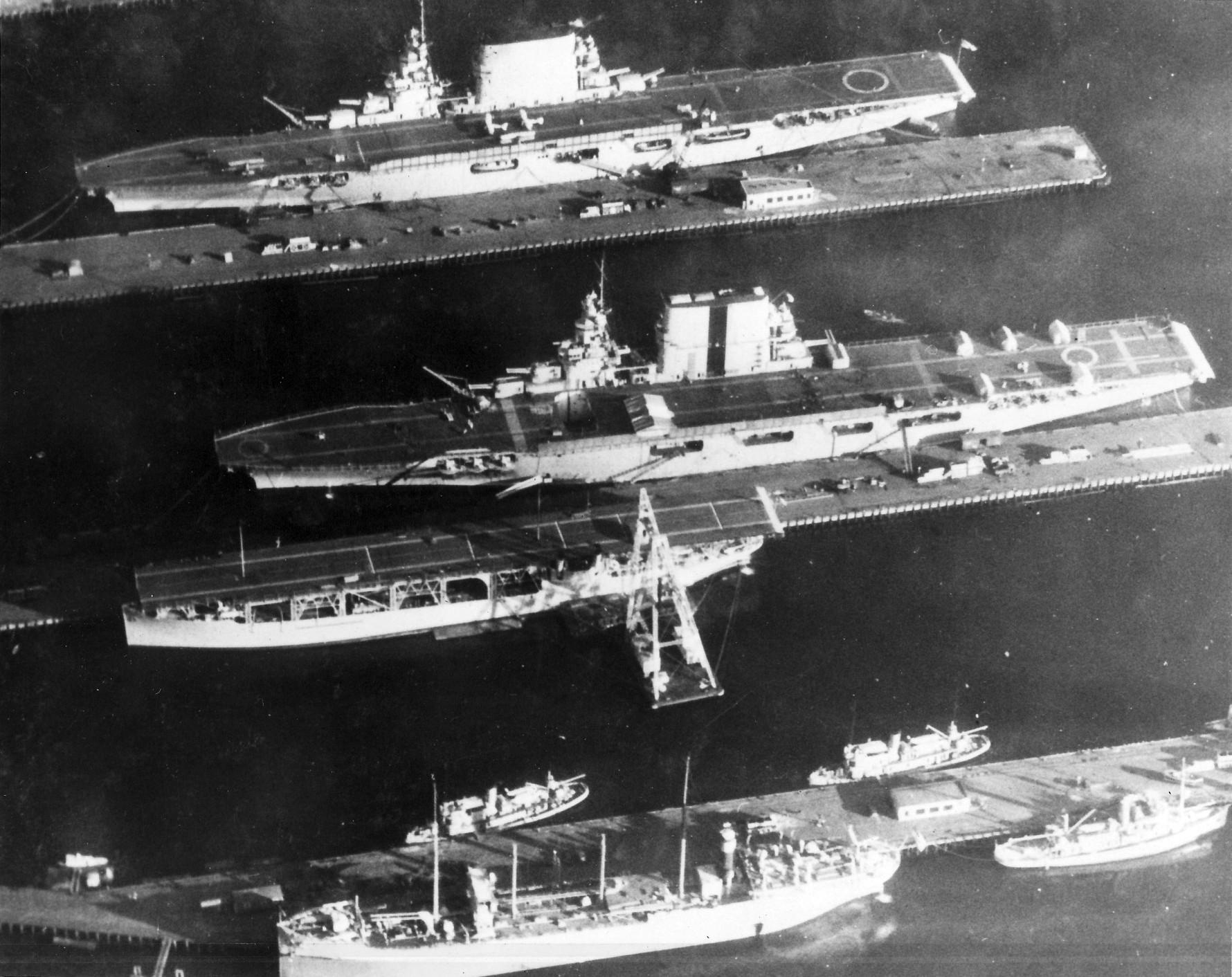 US_carriers_Bremerton_1929.jpg