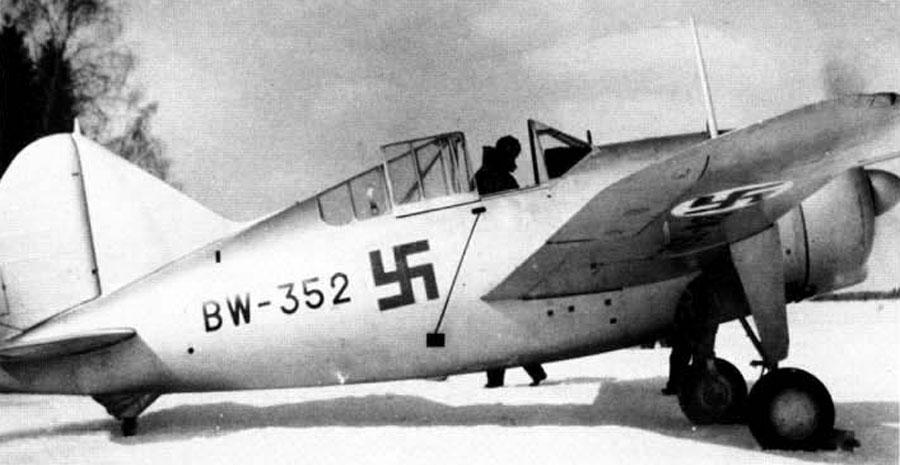 Finn Brewster Model 239 még álcafestés nélkül