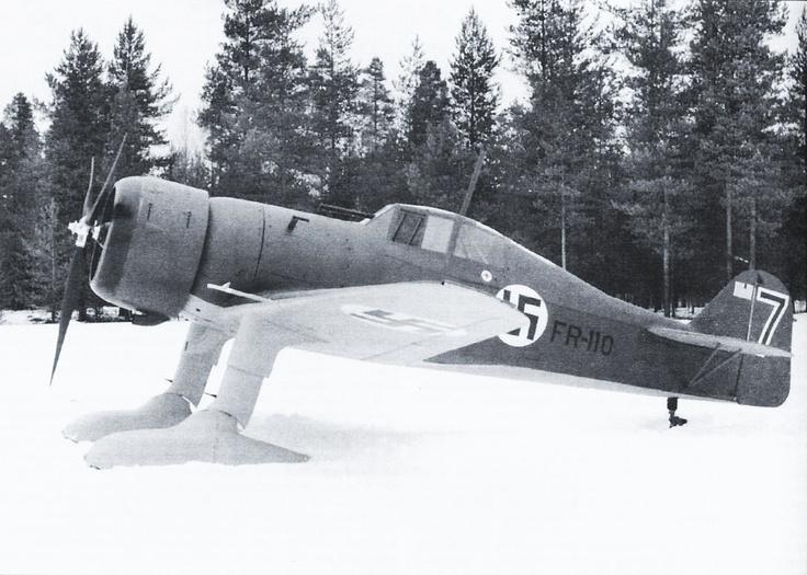 Finn Fokker D.XXI vadászgép sítalpakon