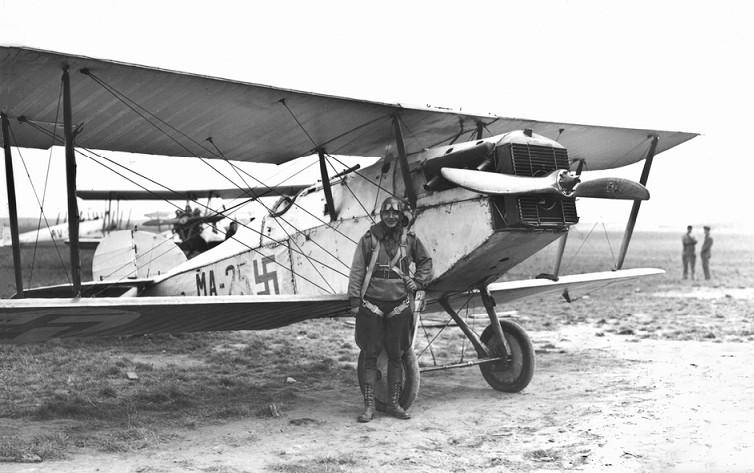 Brit gyártmányú Martinsyde F.4 Buzzard együléses vadászgép. Az 1920-as évek végén 14 darabbal rendelkezett belőle a finn légierő.