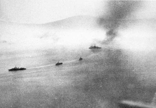 warspite_completing_the_erich_koellner_s_destruction.jpg