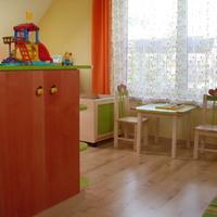 1kislakberendezés: elkészültek az egyedileg tervezett gyerekszoba bútorok