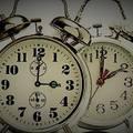 Óraátállítás: szombatról vasárnapra virradóra 1 órával többet alhatsz!