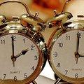 Óraátállítás vasárnap hajnalban - kezdődik a nyári időszámítás!