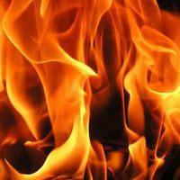 Felrobbant egy gázpalack és leégett egy hétvégi ház Etyek-Újhegyen!