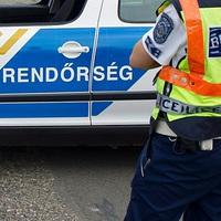 FRISS! Halálos baleset az 1-es főúton Bicskénél - mindkét járművezető életét vesztette - fotókkal!