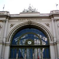 Bezár a Keleti pályaudvar, átirányítják a vonatokat!