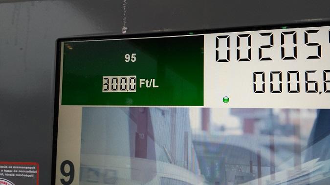 benzin300ft.jpg