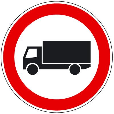 051_tehergepkocsival_behajtani_tilos.jpg