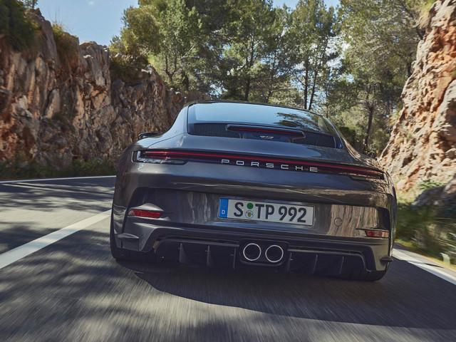 Porsche 911 GT3 Touring csomaggal - Maga a megtestesült visszafogottság