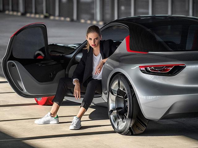 Opel - Elektromos formában tér vissza a Manta