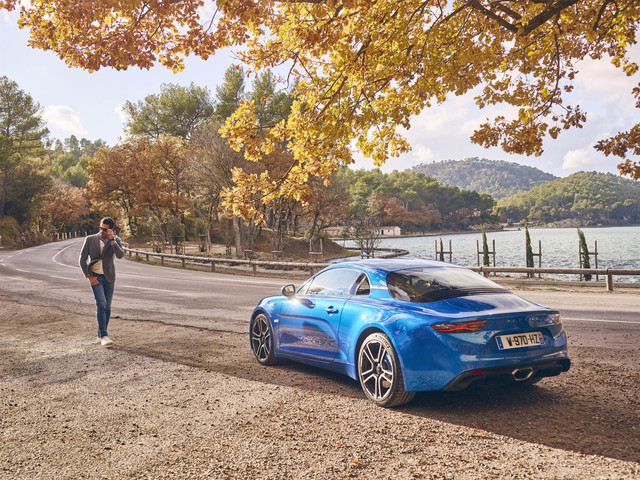 Alpine – Magyarországi szalont nyit a francia márka