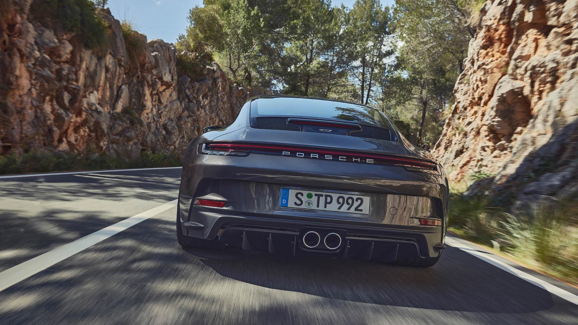 Porsche 911 GT3 Touring csomaggal