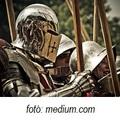 Nem élünk már a középkorban…