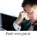 Folyton síró férfiak